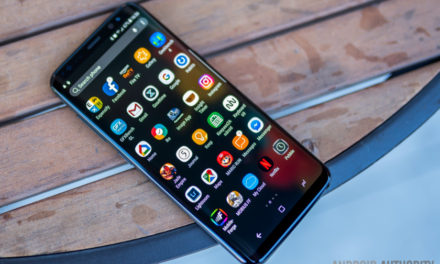 How to enable the app drawer button on Samsung Galaxy S8