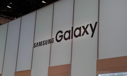 Samsung's smartphone sales plunge 60% in China