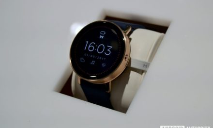 Misfit's Vapor smartwatch with Android Wear gets pushed back to October